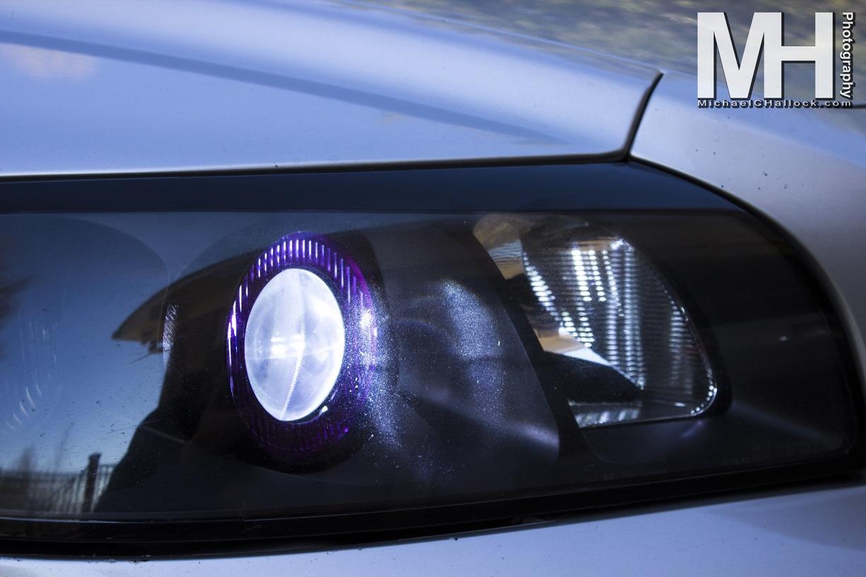 2006 Volvo V50 Head Light