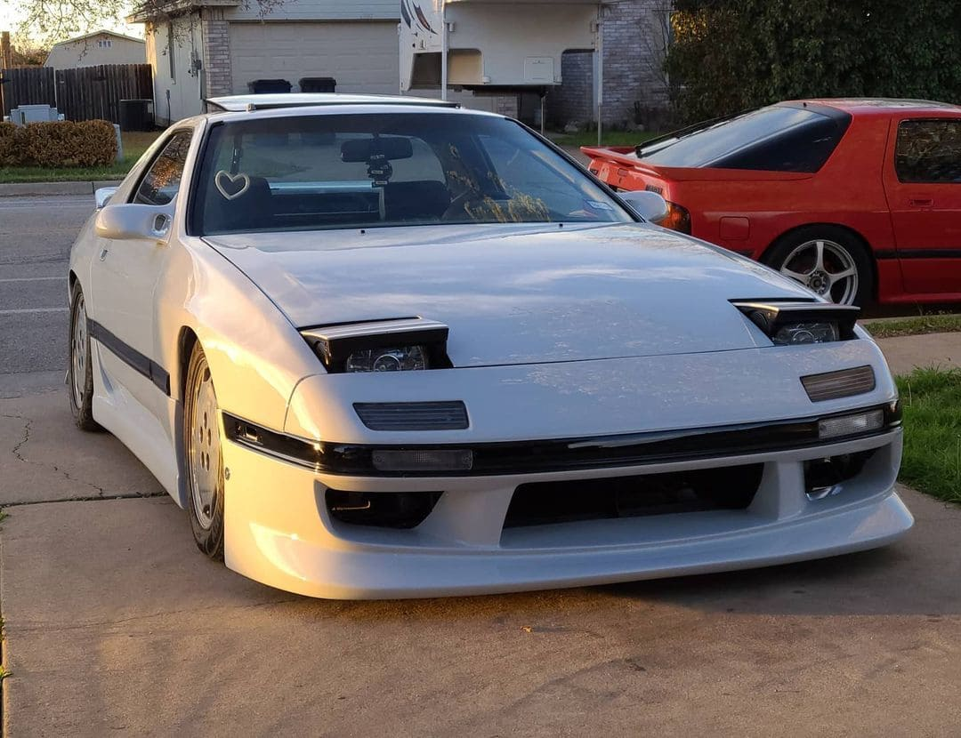 1991 Mazda RX7 Front End