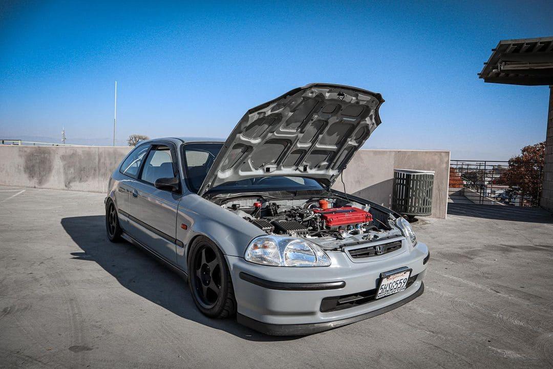 Honda Civic Hatchback Front End