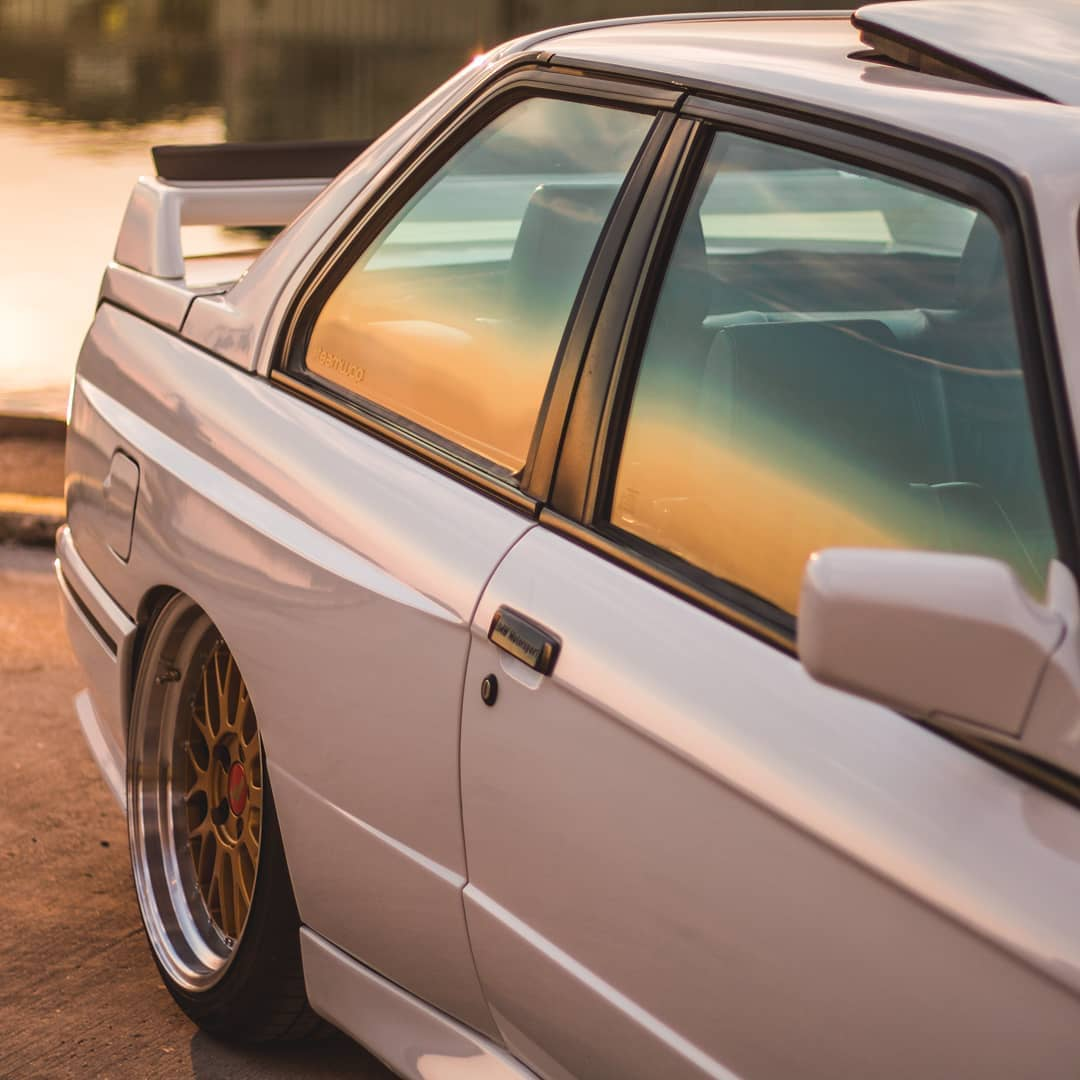 BMW E30 M3 On Air suspension