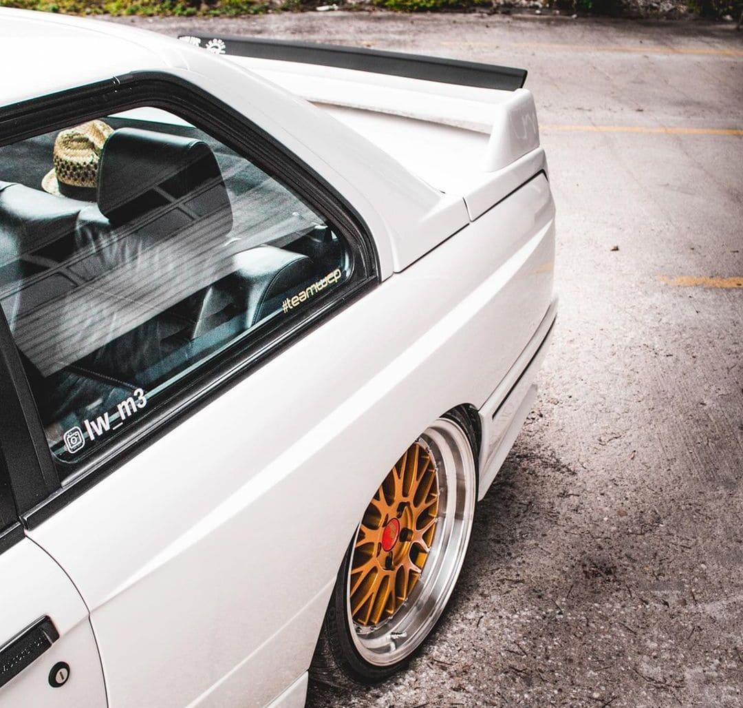 BMW E30 M3 Wing