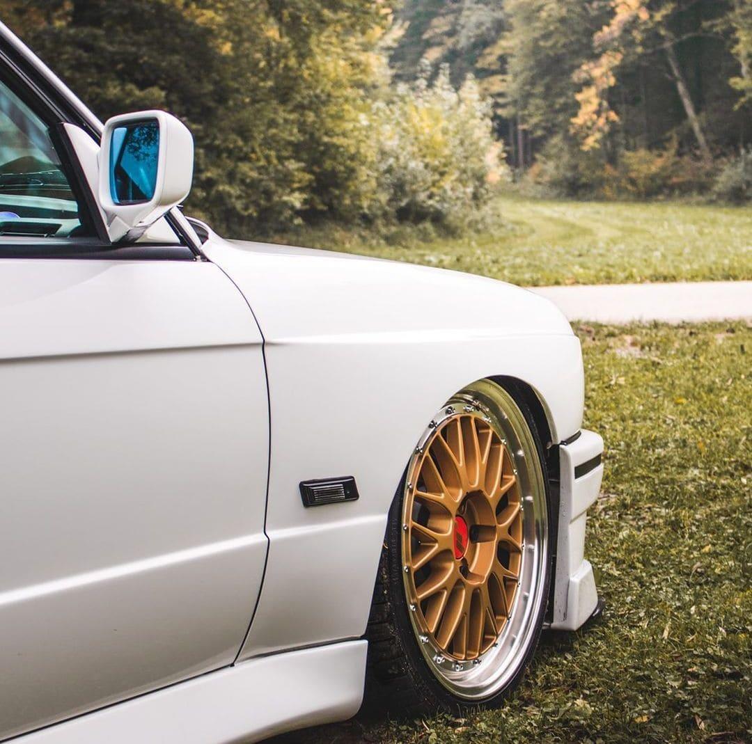 BMW E30 M3 With Rims