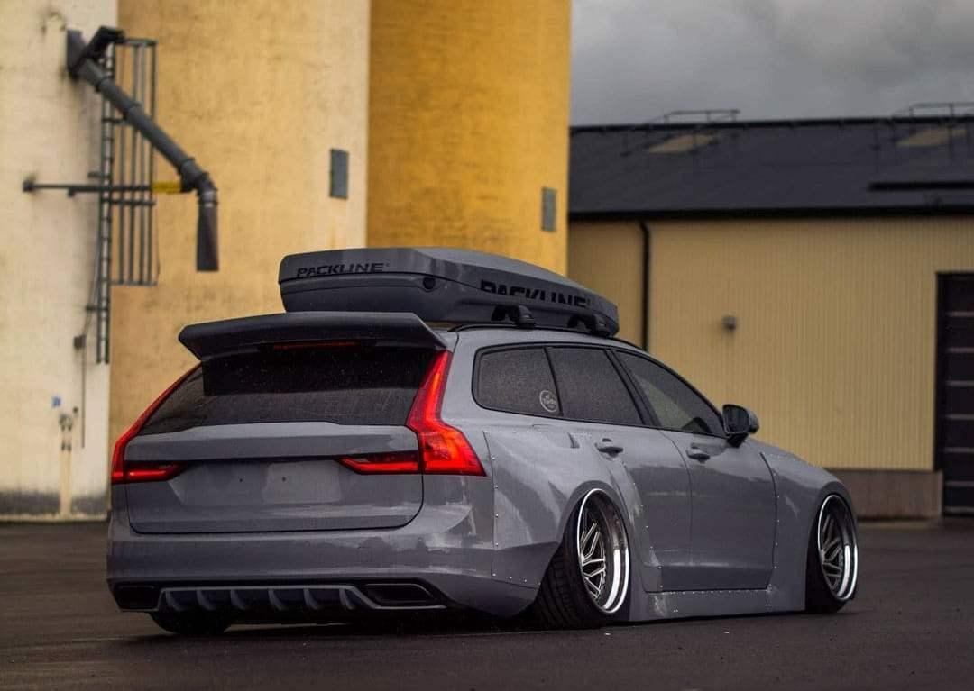 custom Volvo V90