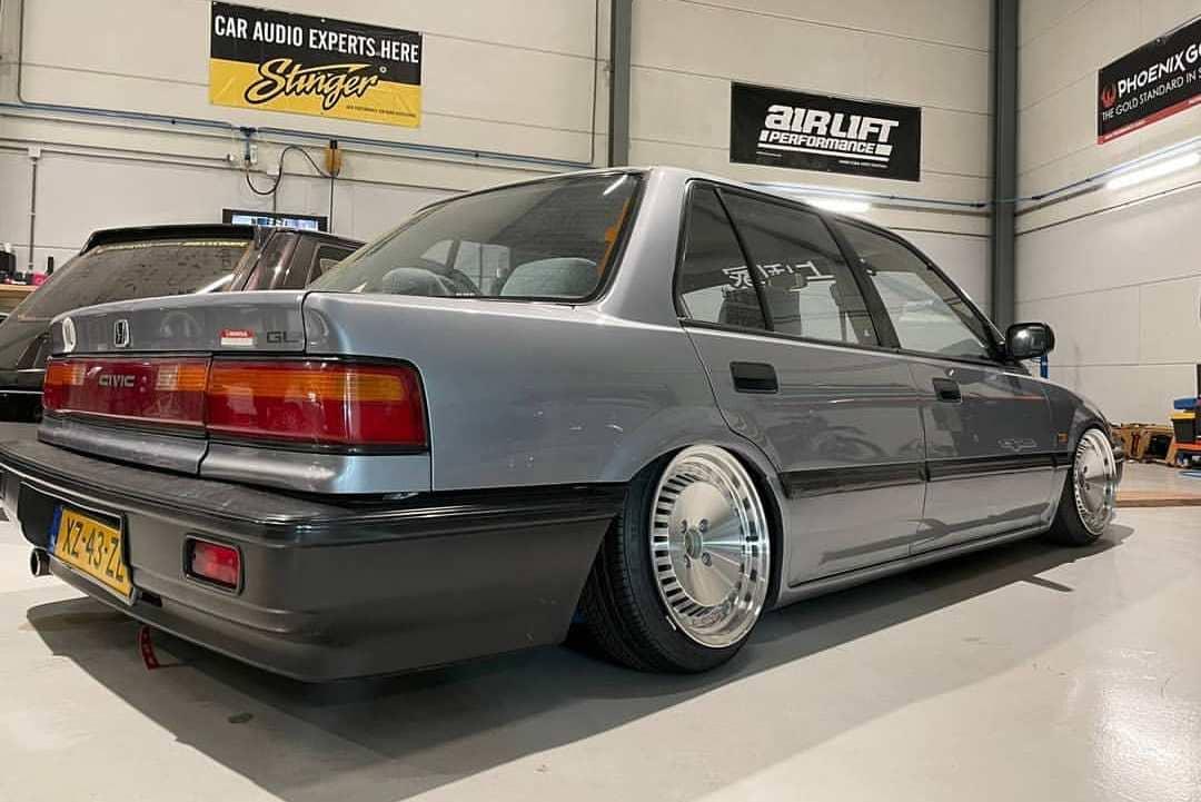 1990 Honda Civic Rear End