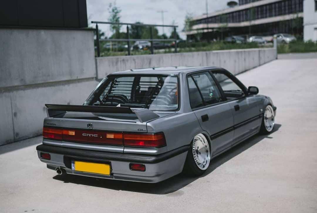 Modded 1990 Honda Civic