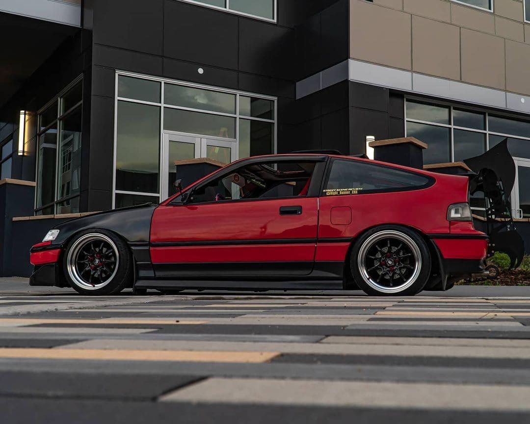 Lowered 1990 Honda CRX SI