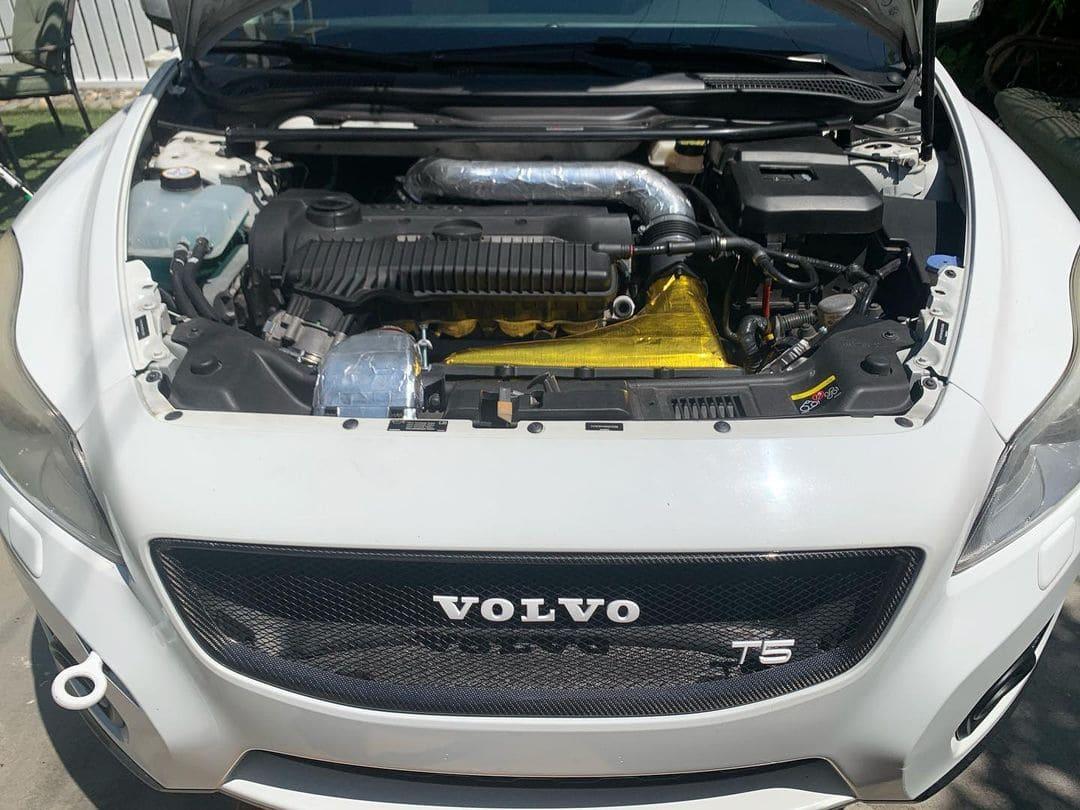 Volvo C30 Engine bay